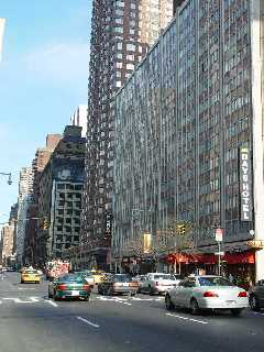 Pictures of the New York City Days Inn Hotel - Click Photo to go to the Search NYC Hotel New York Hotel List